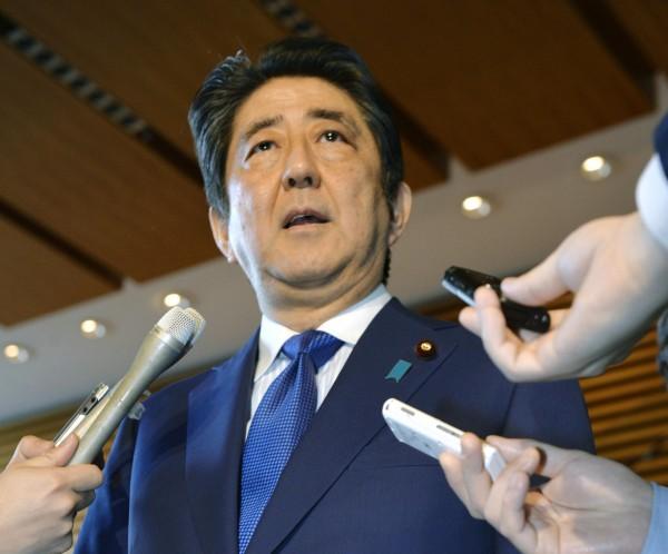 安倍晉三指出,北韓可能有能力發射裝載沙林毒氣的飛彈。(美聯社)