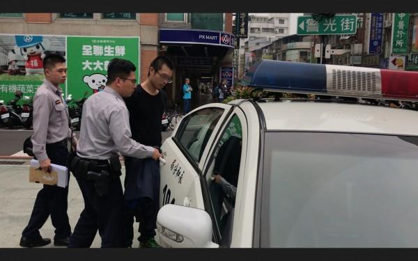 王嫌遭警方移送法辦。(記者徐聖倫翻攝)