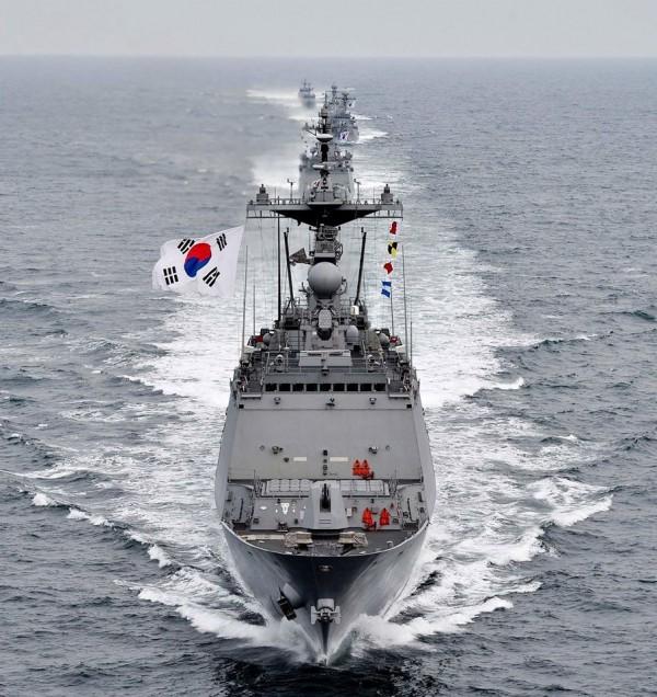 最近南韓研發完成「艦地戰術導彈」,可望搭載於護衛艦上,有能力摧毀北韓的核武設施。(圖擷取自南韓國防部)