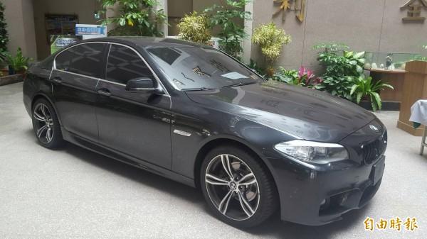 主嫌李嘉豪駕駛的BMW自小客車。(記者丁偉杰攝)
