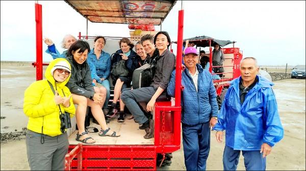 鯨豚專家來台討論離岸風機對台灣白海豚的影響。(彰化環保聯盟提供)