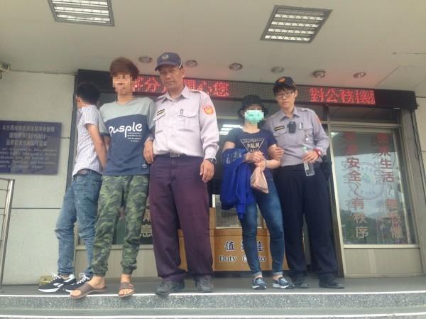 3名逃逸外勞難逃警緝,被移送移民署台東專勤隊偵辦。(記者陳賢義翻攝)