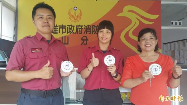 鳳山消防隊推出「不一樣家人」微電影,呼籲民眾安裝住警器保命。(記者陳文嬋攝)