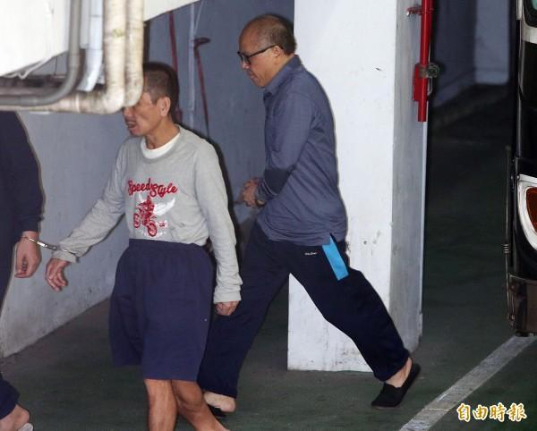 立法院前秘書長林錫山涉收受賄賂3950萬元一案,台北地院今下午4點宣判,圖為去年提訊林錫山情形。(資料照,記者陳志曲攝)