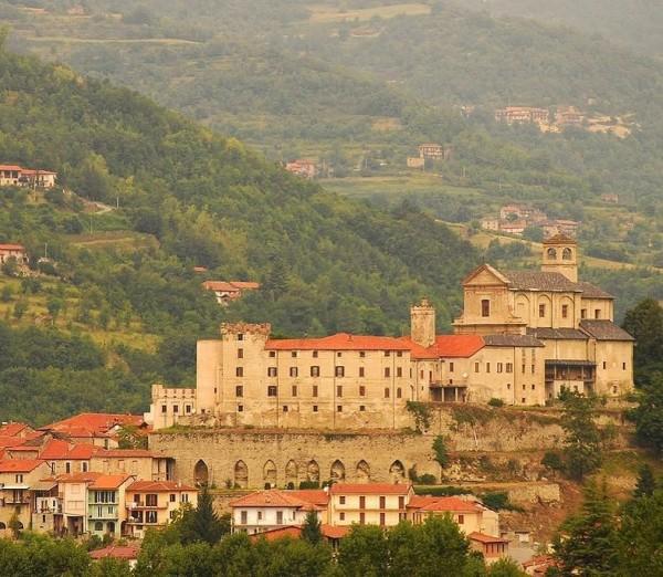 義大利小鎮博爾米達(Bormida)為了吸引瞤口移居當地,祭出許多超優惠方案。(圖擷自IG)