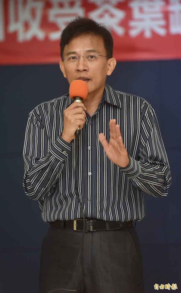 彭文正今年重返台大任教。(資料照,記者簡榮豐攝)