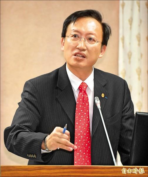 外交部政務次長吳志中。(記者簡榮豐攝)