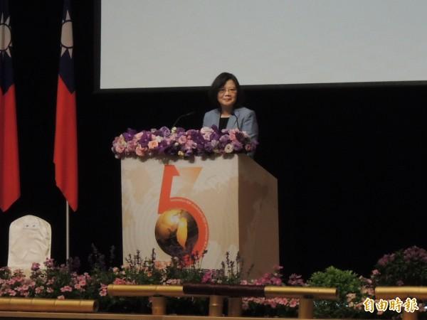 小英總統今出席全球僑務會議時大力稱讚高雄的發展。(記者王榮祥攝)