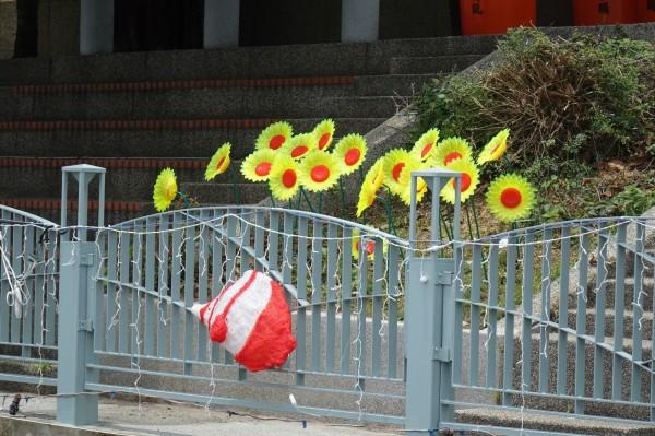 「光耀福鹿溪」的造型魚燈、花燈,也被竊賊相中。(記者劉曉欣攝)