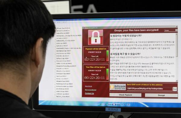 勒索病毒「想哭」肆虐全球,美國網路安全公司表示,有新病毒正在擴散。(法新社)