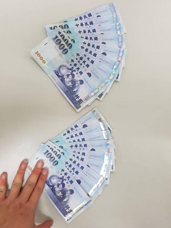 鄒嫌偷遍新店工業區,得手200餘萬,遭逮捕時只剩萬餘元。(記者陳薏云翻攝)