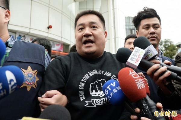自稱朱元璋第19代孫的台北市光信里長朱雪璋。(資料照,記者林正堃攝)