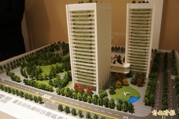 內科之心緊鄰瑞光路、港墘路,目前為空地,未來將開發為創新創業大樓。(記者黃建豪攝)