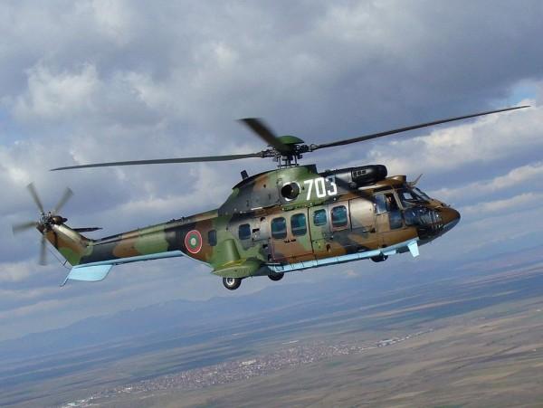 土國一架軍用AS532美洲獅直升機於當31日晚間起飛後不久,疑似被高壓電線纏住而墜毀,機上13人全數喪命。(圖截自維基百科)