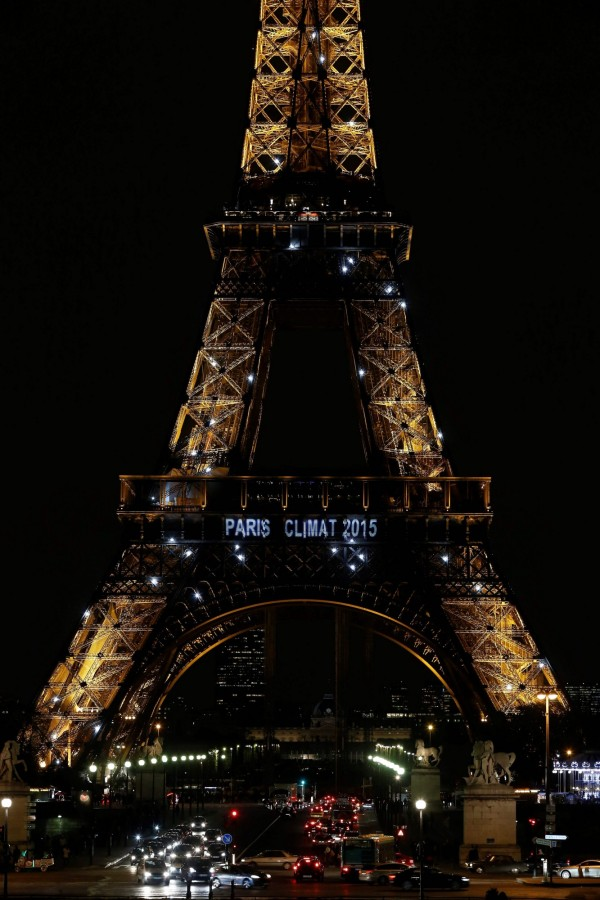 美國總統川普傳有意退出《巴黎氣候協定》,有少部分學者認為如果美國無法遵守承諾在2025年前達標,退出將會是較好的做法。(法新社)