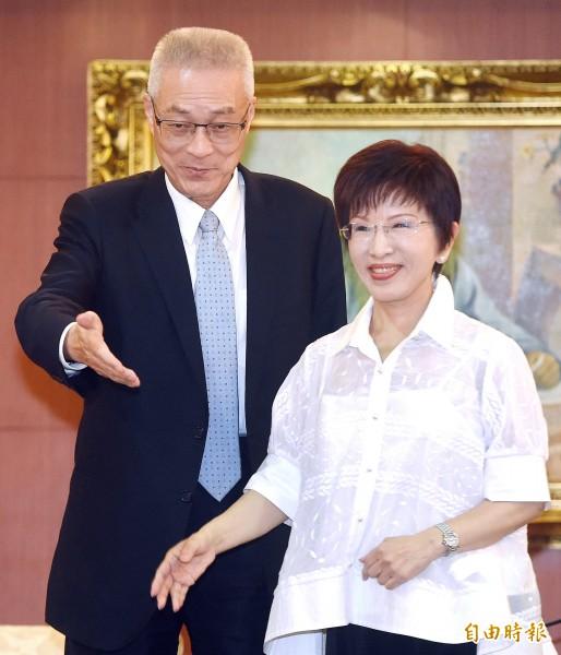 洪秀柱前天透過幕僚釋出,如果吳敦義不再達成提前交接共識,就要在七月辭去黨主席。(資料照)