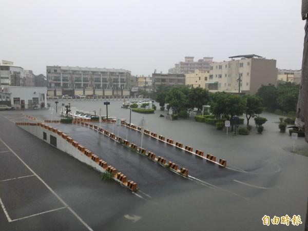 0603豪雨造成災損可減免稅捐者快申報。(記者廖淑玲攝)