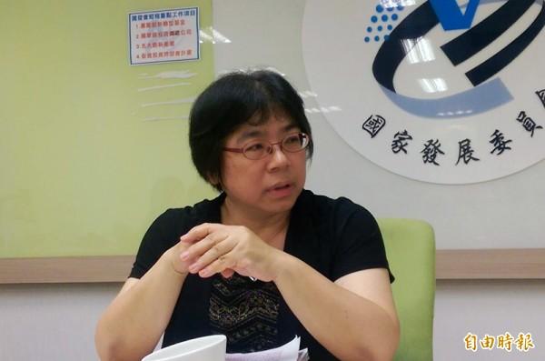 國發會人力處處長林至美表示,博士班畢業進入業界比例不到2成,台灣在產學之間存在鴻溝,高階人才能量與產業連結有待強化。(記者陳梅英攝)