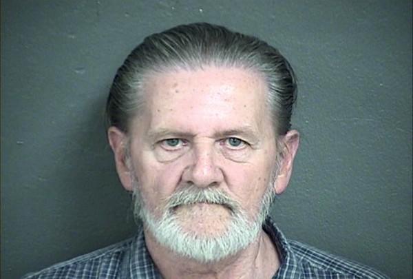 美國堪薩斯州70歲老翁里普爾(Lawrence Ripple),因為不想在家陪妻子去搶銀行,最後卻被判在家監禁。(路透)