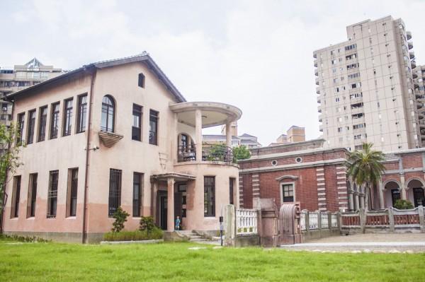 歷史建築林懋陽故居修復開幕啟用,成為最夯打卡點。(記者蔡淑媛翻攝)