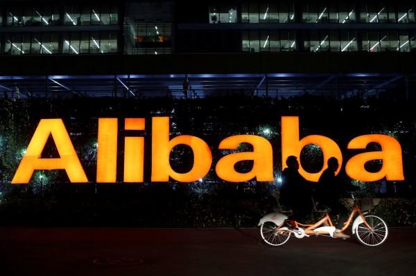 知名品牌在中國面臨山寨商標問題,為了防止他人惡意搶註相同或類似的商標,知名品牌使出奇招,紛紛山寨自己。(路透)