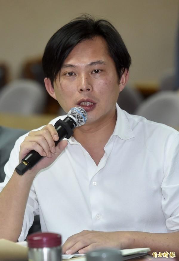 黃國昌在臉書發文,敬悼陳立宏。(資料照,記者簡榮豐攝)