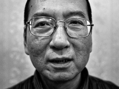 遭中共當局判刑囚禁的諾貝爾和平獎得主劉曉波,日前傳出肝癌末期,現已辦理保外就醫。(資料照,擷取自衛報)