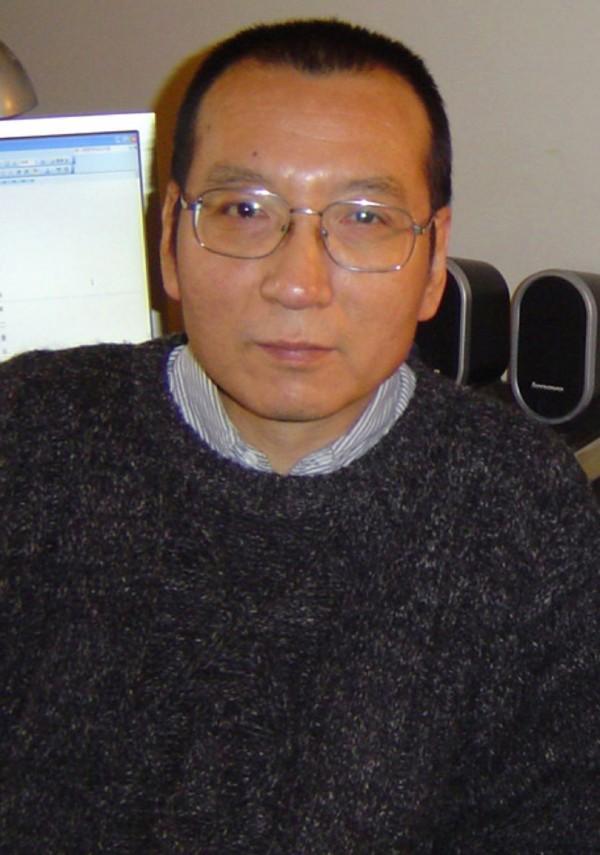 諾貝爾和平獎得主劉曉波今天(26日)傳出因罹患肝癌,從獄中保外就醫,晚間中國遼寧省監獄管理局對此證實。(法新社)