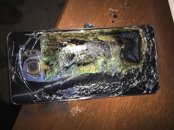 三星Note 7先前屢傳爆炸事件,引起消費者擔憂。(美聯社)