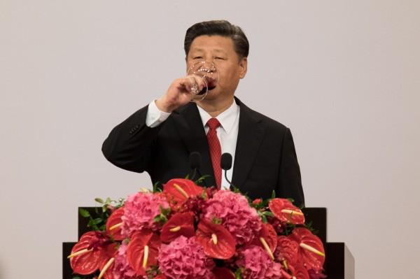 香港回歸20年,習近平今在香港特區政府就職典禮上發表演說。(路透)