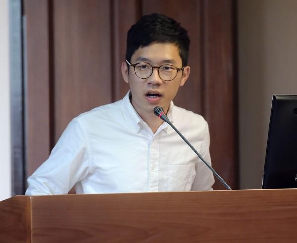 香港立法會議員羅冠聰今年1月赴台出席「時代力量」舉辦的座談會。(記者黃耀徵攝)