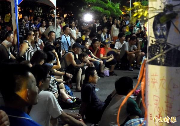 2015年夏天曾爆發課綱爭議,教育部前庭被學生與民眾佔領。(資料圖 記者朱沛雄攝)