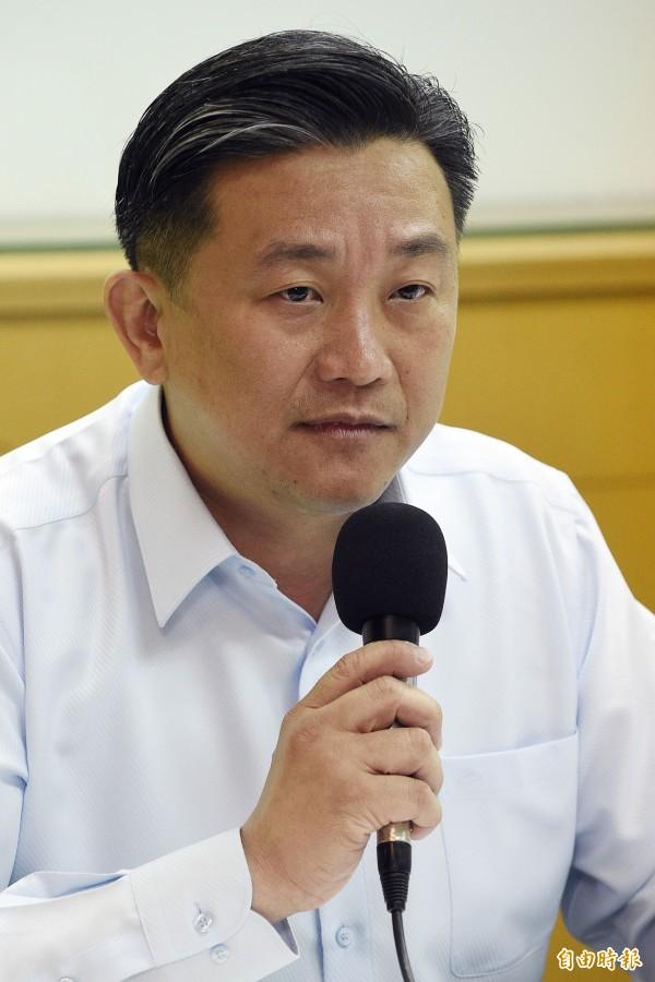王定宇表示,馬政府4年5000億特別條例,也是「一字不差的抄扁政府的特別條例!」(資料照,記者陳志曲攝)
