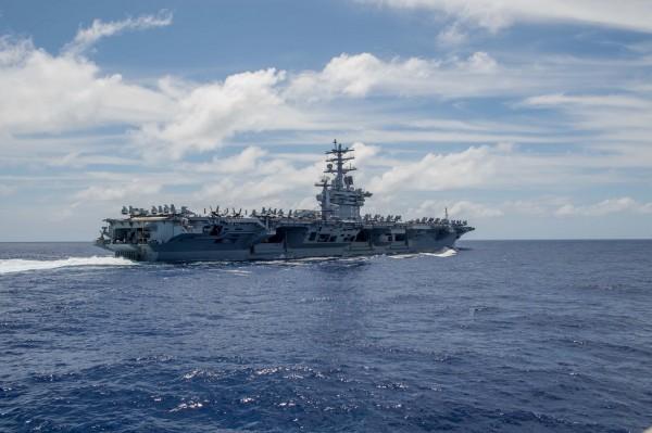 印美日將在10日於孟加拉灣舉行聯合軍演,圖為尼米茲號航空母艦。(法新社)
