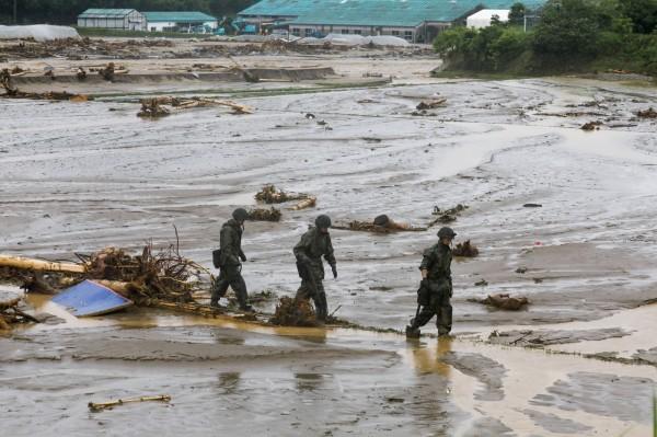日本九州遭遇嚴重豪雨,已有15人死亡。(歐新社)
