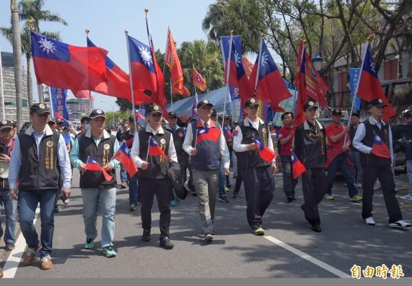 圖為日前反年改陣營號召退休軍公教上凱道抗議畫面。(資料照,記者黃耀徵攝)
