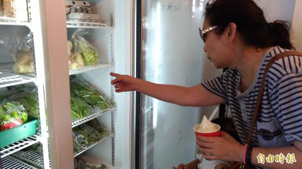 蘭陽農業發展基金會,今、明二天在冬山火車站下的「粮心聚落」舉辦換換菜活動。(記者張議晨攝)