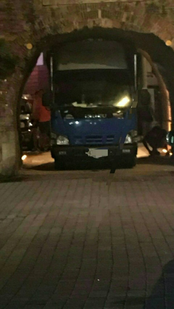 貨車卡西門。(警方提供)