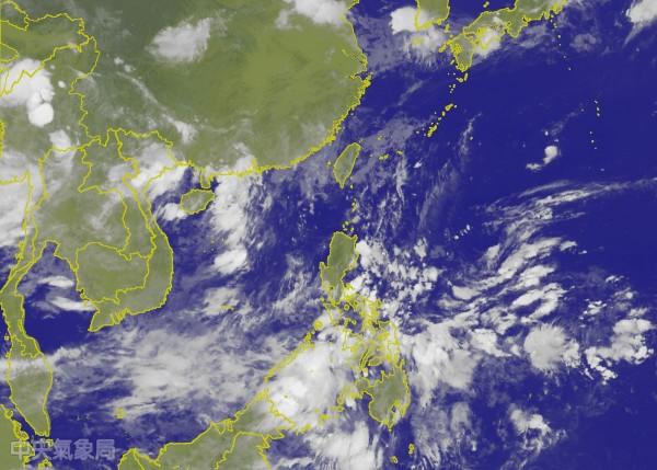 氣象專家吳德榮指出,南海及菲律賓東方海面,在未來5天至10天有機會成颱。(圖擷自中央氣象局)