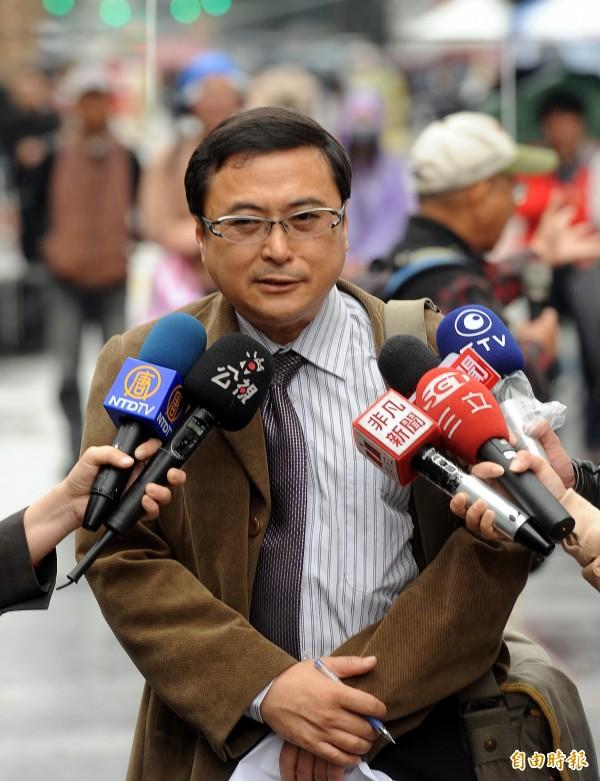 全家盟榮譽理事長吳福濱語重心長表示,網路直播帶來的負面影響已經很嚴重,盼政府能拿出魄力,好好管制。(資料照,記者方賓照攝)