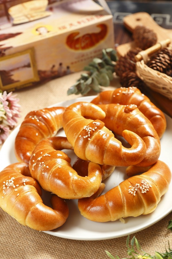 目前福美軒餅舖只專賣經典口味的金牛角,20年原創的口碑仍然受到在地人的推薦!(記者陳宇睿攝)