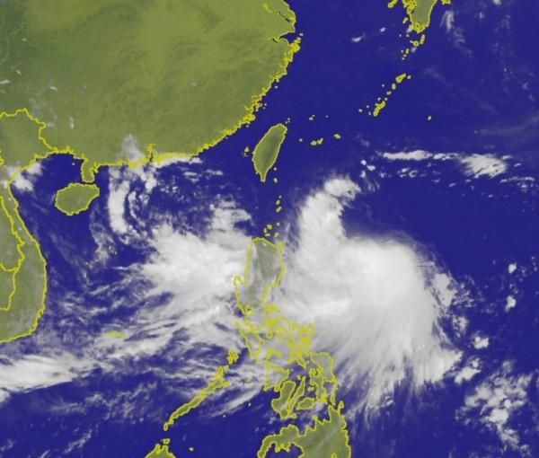 受颱風尼莎可能襲台影響,新竹市政府今天宣布,原訂週六、日(29、30日)舉行的戶外活動將延期辦理。圖為尼莎颱風衛星雲圖。(圖擷取自氣象局網站)