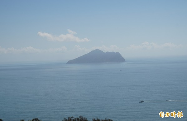 因應輕颱尼莎來襲,龜山島今起封島。(記者林敬倫攝)
