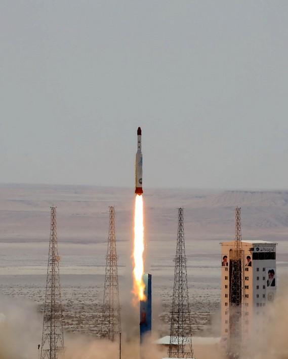 伊朗昨日成功發射了火箭。(法新社)