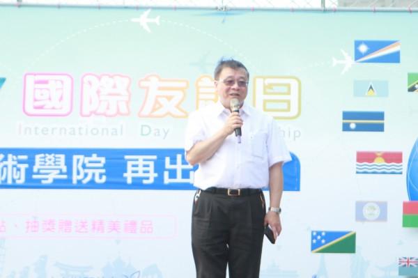 亞太創意技術學院校長高永光表示,亞太是全台唯一設有茶陶所的學校,將結合苗栗在地產業,發展小而美的學校。(亞太創意技術學院提供)