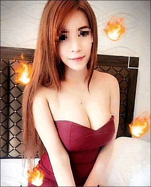 泰國女子小茉莉自拍的豔照,皮膚白晰且身材姣好。(記者張瑞楨翻攝)