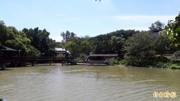新竹公園跨域亮點再生計劃工程終於動工了,耗資6億元的工程將重現新竹公園百年風華及打造類棲地的動物園。(記者洪美秀攝)