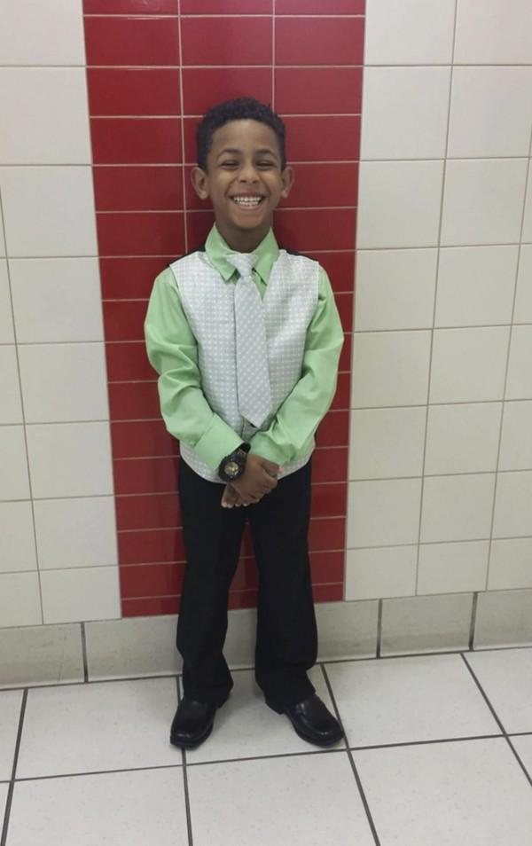 國俄亥俄州辛辛那提市8歲男童泰耶(Gabriel Taye),疑似在學校遭霸凌,以領帶上吊自殺身亡。(美聯社)