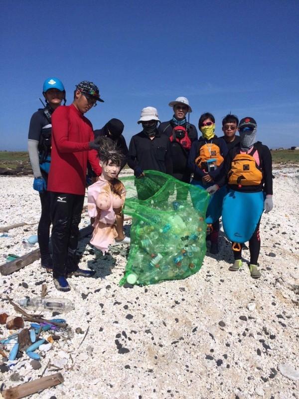 世界海廢垃圾問題日益嚴重,澎湖海廢垃圾禍首指向鄰近中國。(海洋公民基金會提供)