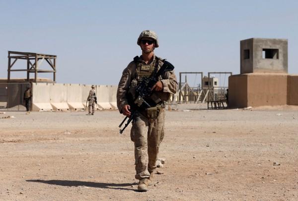 美國官方仍在思考是否要增強兵力或撤兵,以因應持續在阿富汗惡化的情況。(路透)